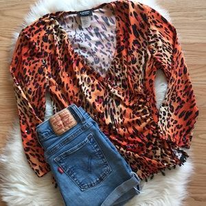 🔥 vintage 90s Cheetah print wrap crop top